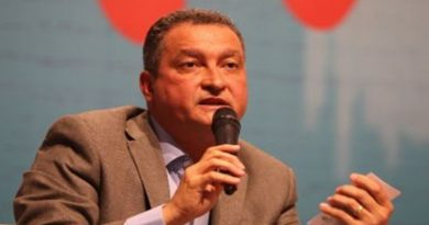 Rui Costa assina carta contra decreto de Bolsonaro que amplia porte de armas no país
