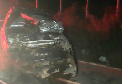 Motorista fica ferido após capotar carro na BA-262